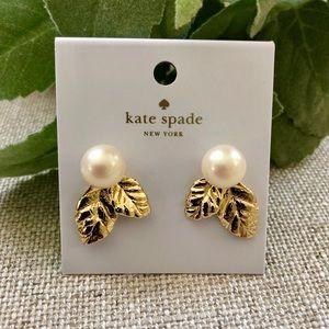 KATE SPADE LAVISH BLOOMS EARRINGS PEARL & GOLD